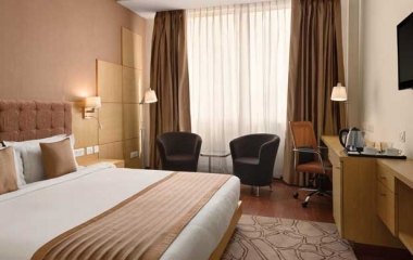 DELUXE-Room-Accommodation-Ramada-Neemrana