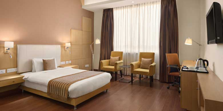 Disabled-friendly-hotel-room-accommodation-Neemrana