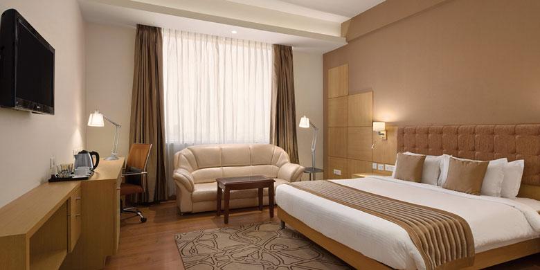 premium-room-Ramada-Neemrana